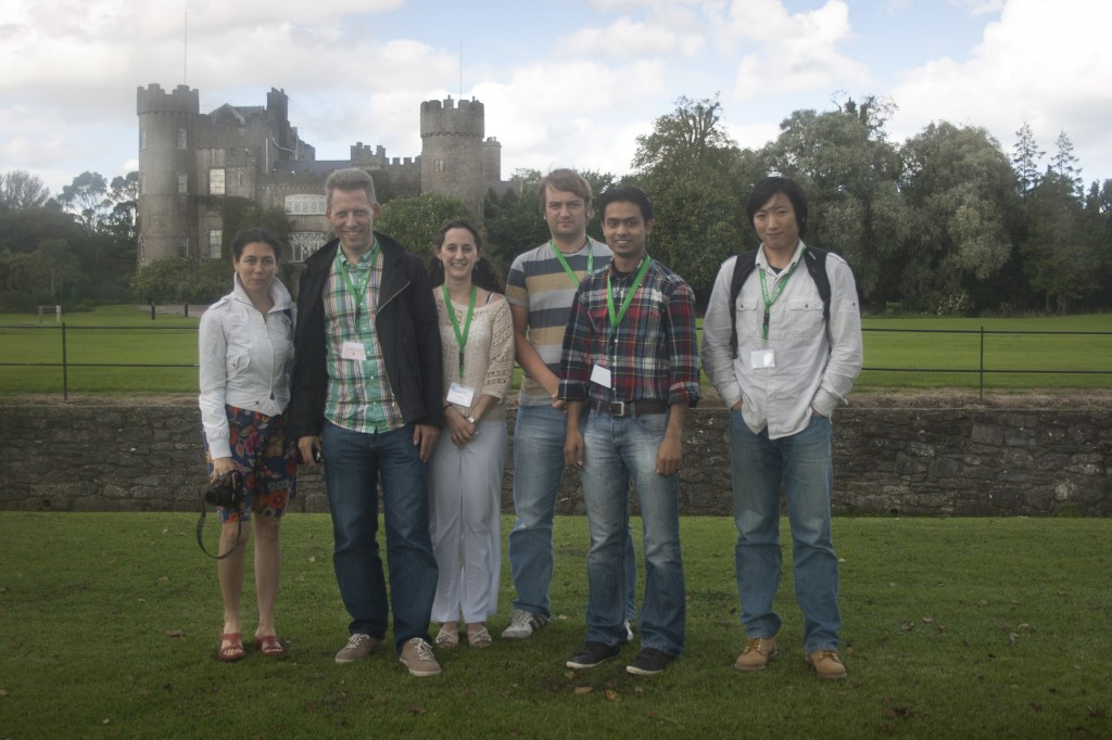 AOI vor dem Schloss Malahaide