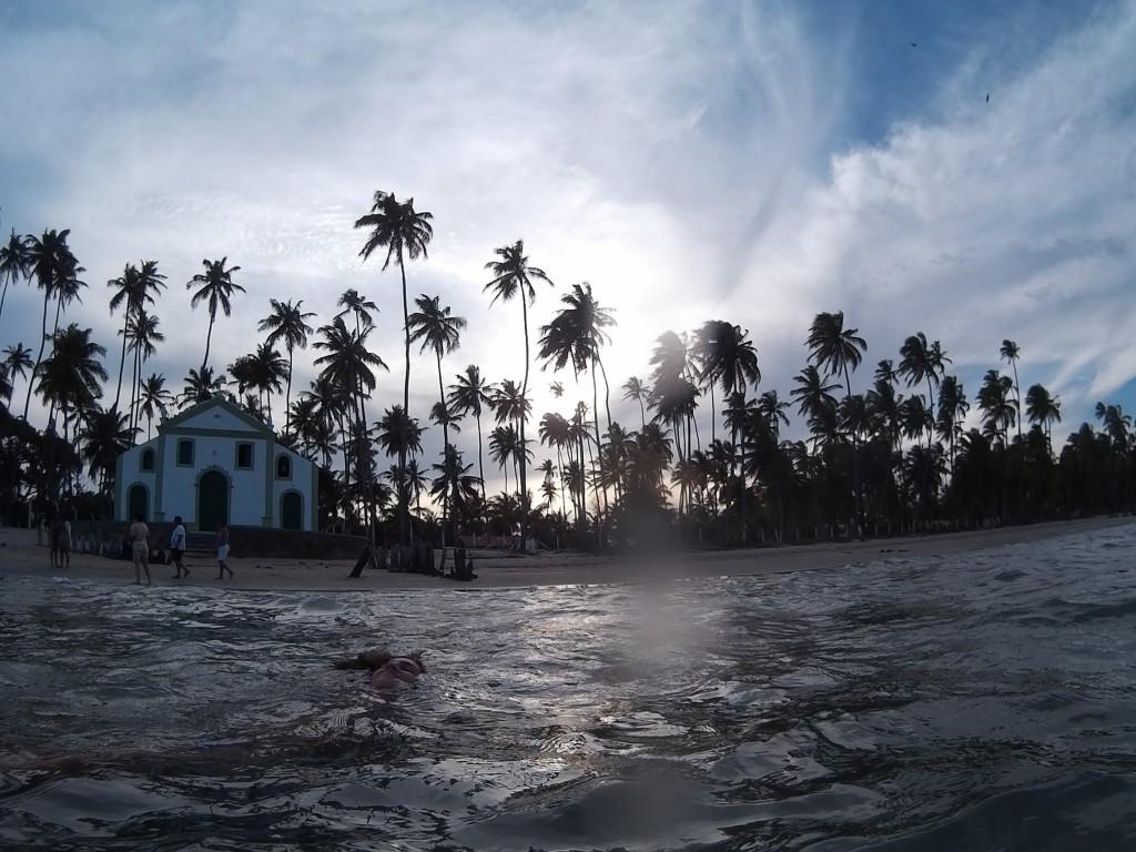 https://pt.wikipedia.org/wiki/Praia_dos_Carneiros